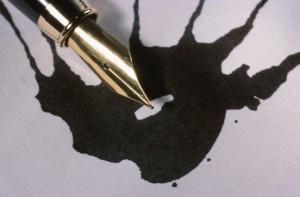 bvwavdrwrdzweojsjcbw_pen_spills_ink